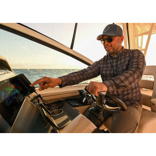 Raymarine AXIOM+ 7 RV - 7 Zoll Touch-Multifunktionsdisplay mit integriertem RealVision 3D, 600W Sonar, inklusive RV-100 Geber